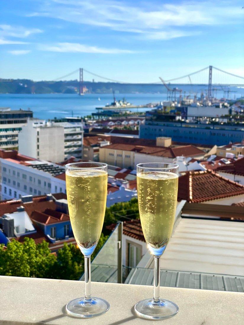champagne portugal lisbon