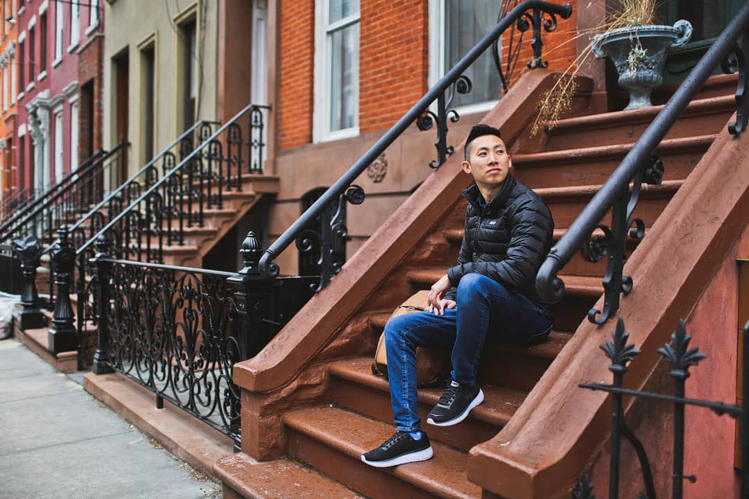 Brownstone Apartments NYC + 25 Best Instagram Spots in NYC