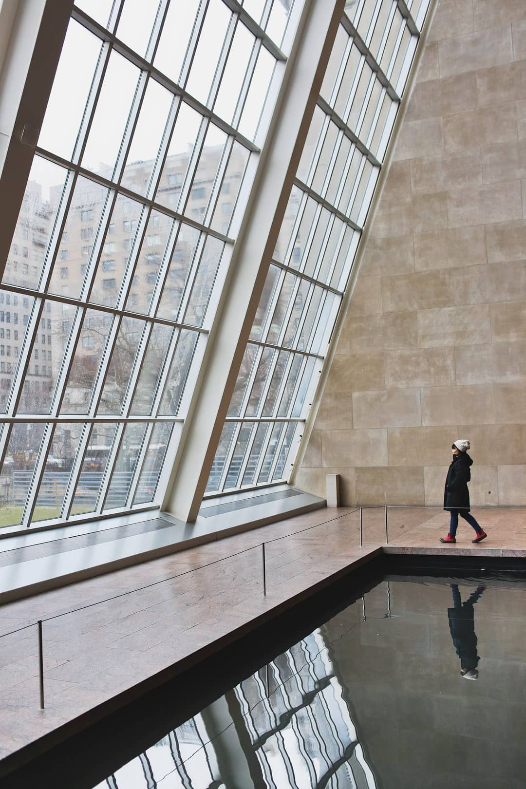The Metropolitan Museum of Art Temple of Dendur + 25 Amazing Photography Spots in NYC