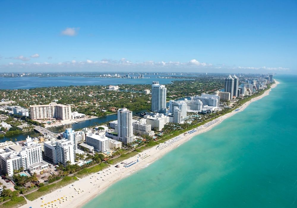 places to visit in january miami