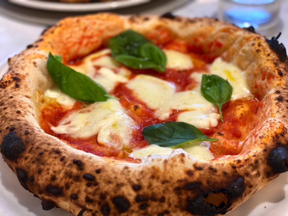 margharita pizza in rome
