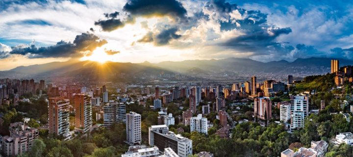 Digital nomad guide to Medellin - Panoramic rooftop view