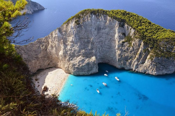 best beaches in greece-navagio-beach-bay-shipwreck-cove