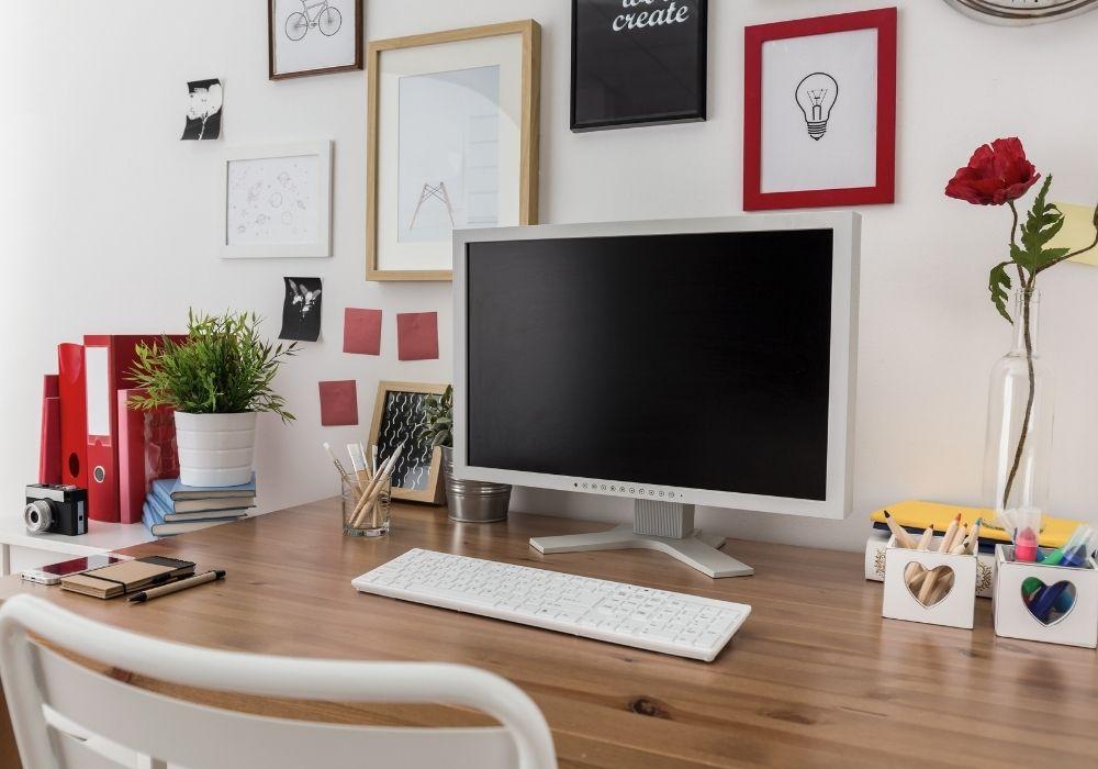 work desk for graphic designers