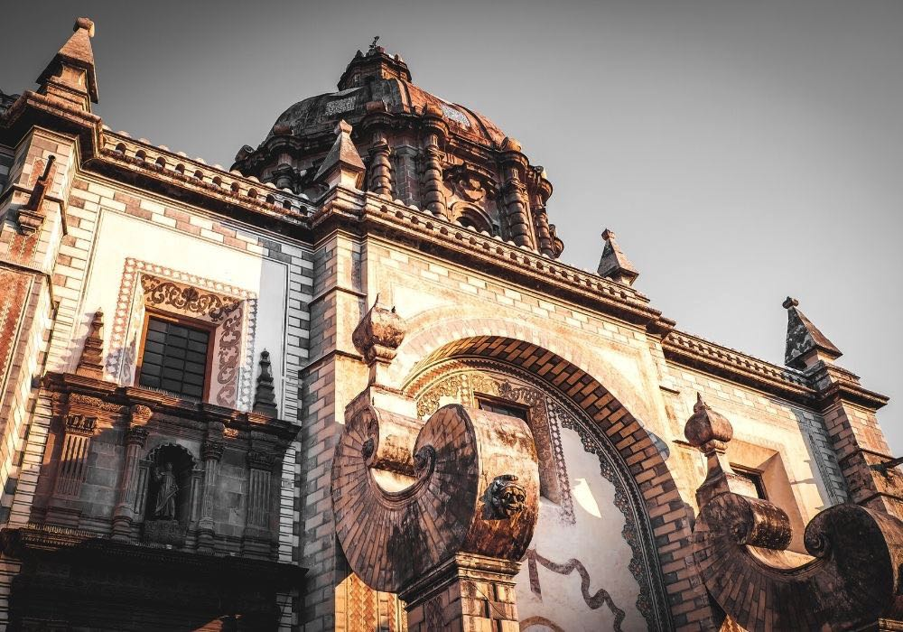 historical buildings in queretaro
