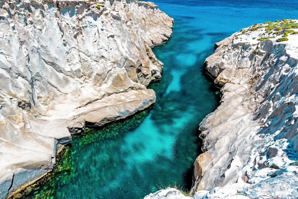 milos white rocks greece