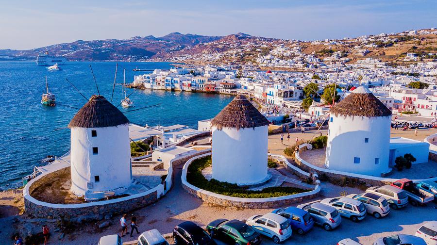 visit mykonos when visiting the greek islands