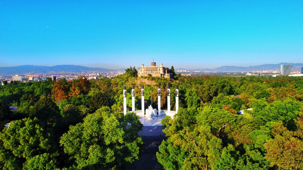 what to do in mexico visit the Chapultepec Castle