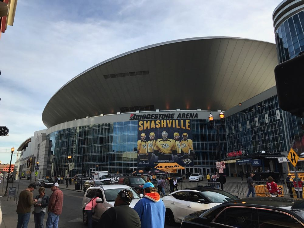 things to do in nashville watch hockey