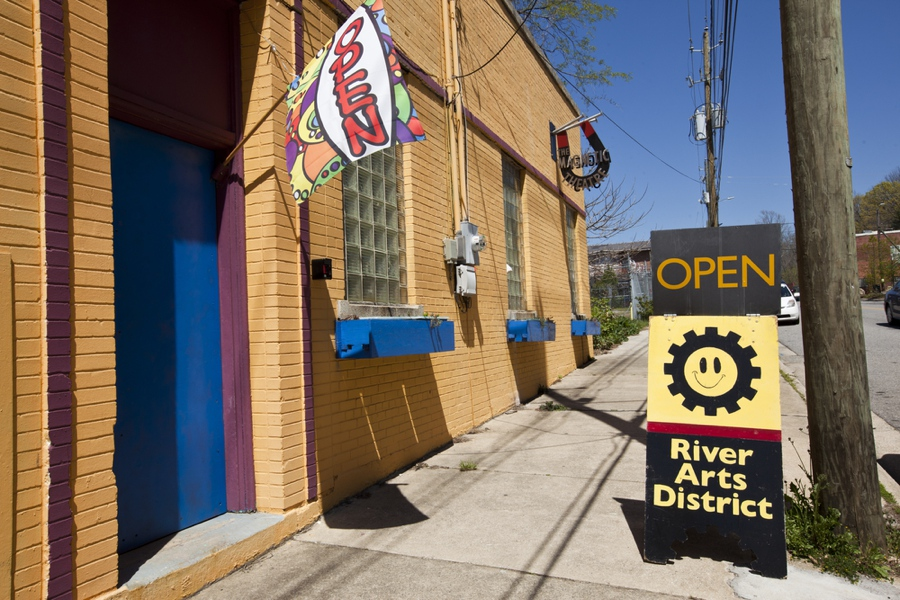 visit the river arts district in asheville nc