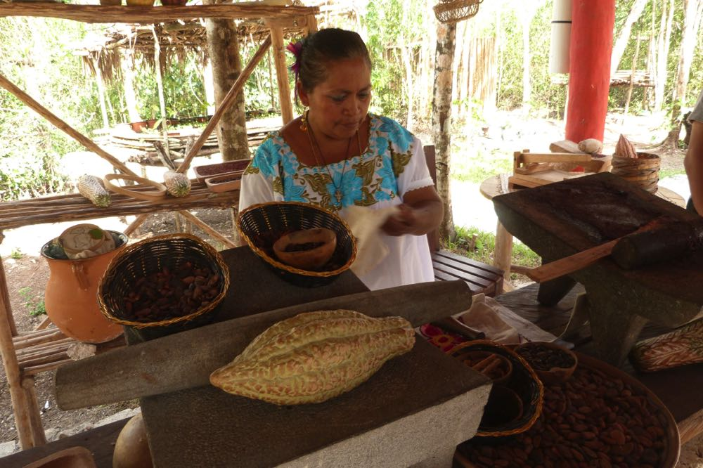 things to do in cozumel mayan chocolate