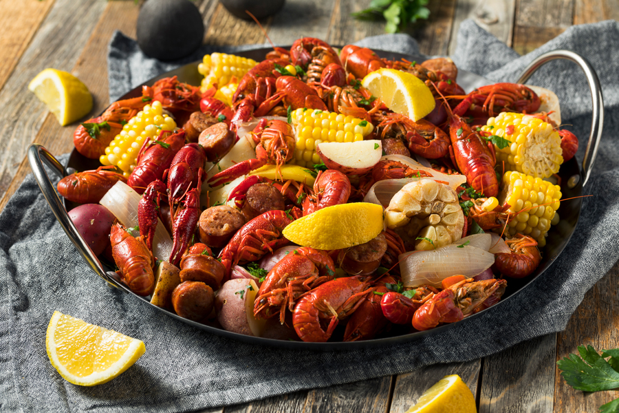 crawfish boil in new orleans