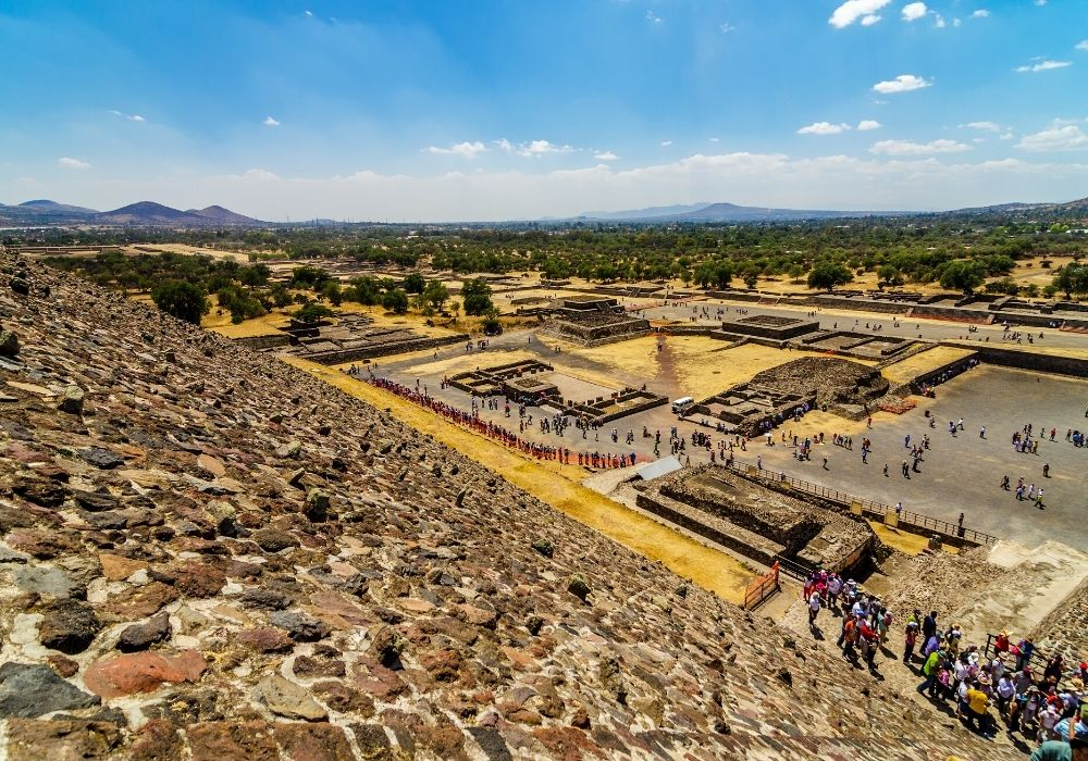 best time to visit in the teotihuacan