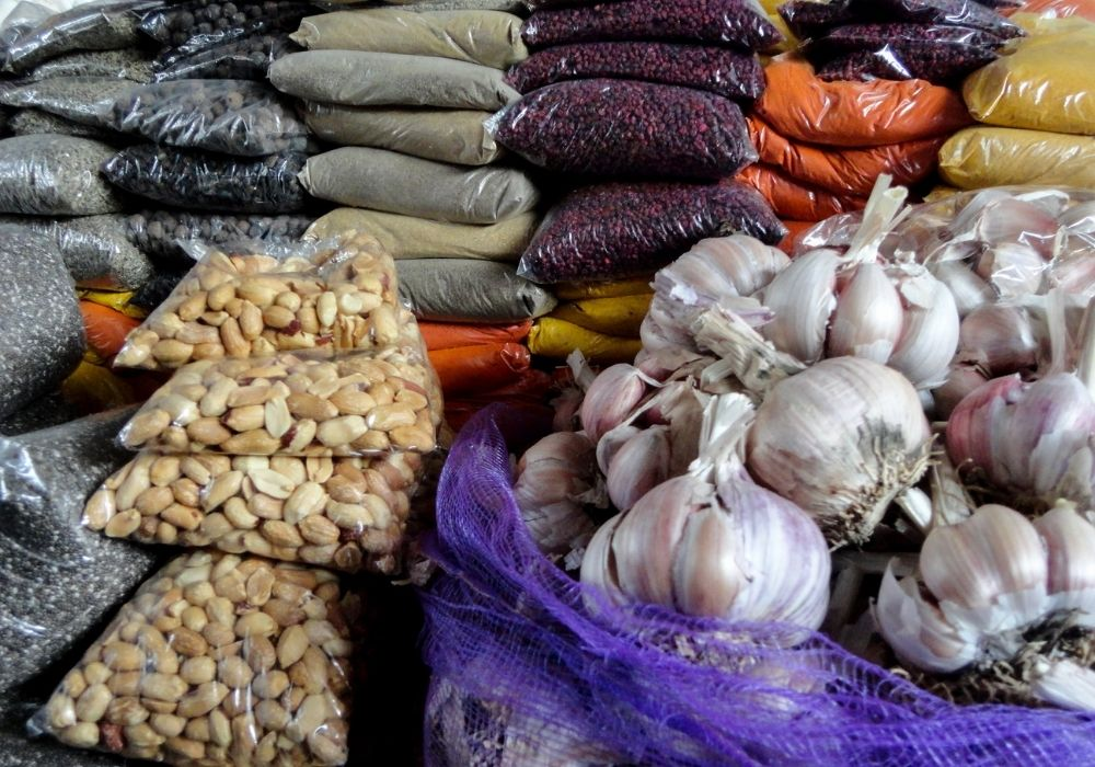 things to do in cusco visit the market