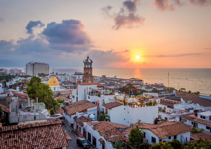 digital nomad cities in mexico puerto vallarta