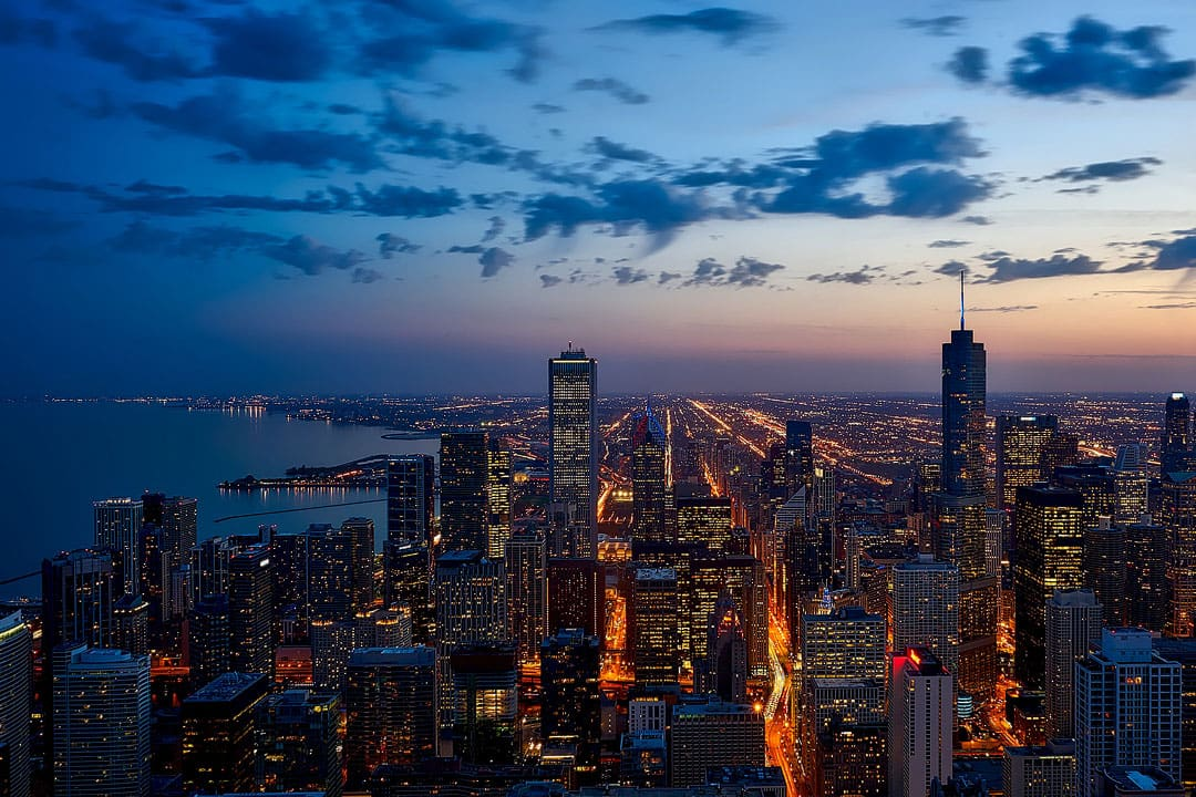 Chicago Illinois + 101 USA Places to Visit