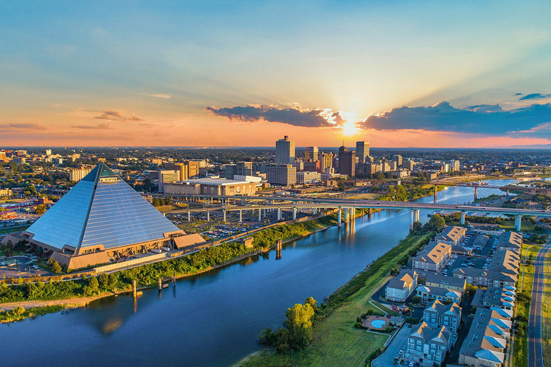 memphis tn skyline + 15 best places to visit in october in usa