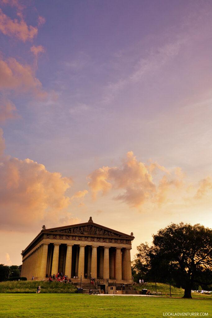 The Parthenon, Nashville Tennesee - full scale replica of the original Parthenon in Athens Greece // localadventurer.com