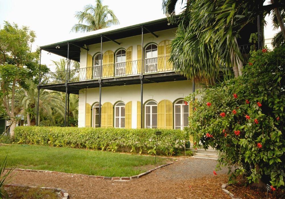 visiting Ernest Hemingway House, Key West, Florida
