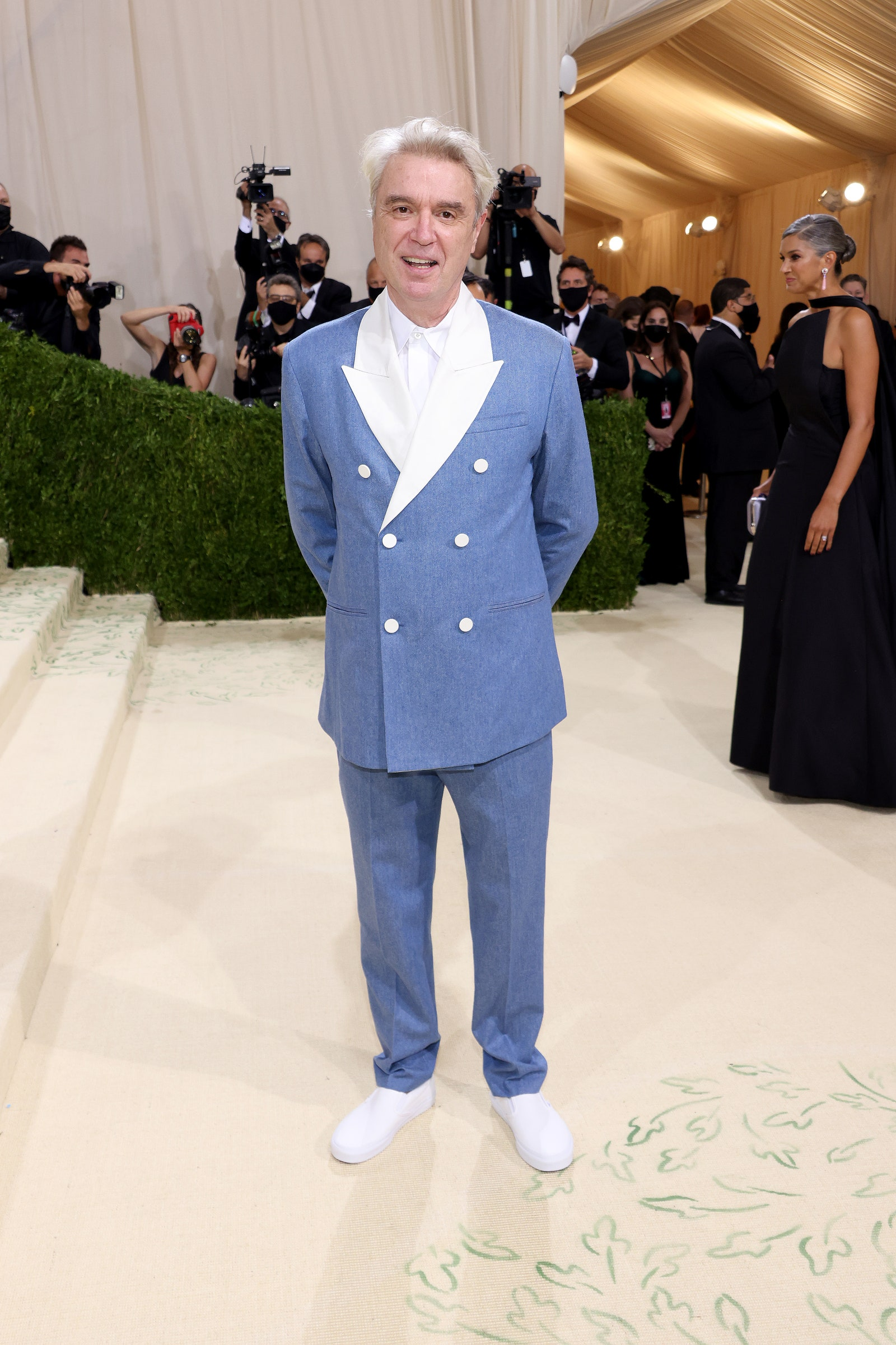 NEW YORK NEW YORK SEPTEMBER 13 David Byrne attends The 2021 Met Gala Celebrating In America A Lexicon Of Fashion at...